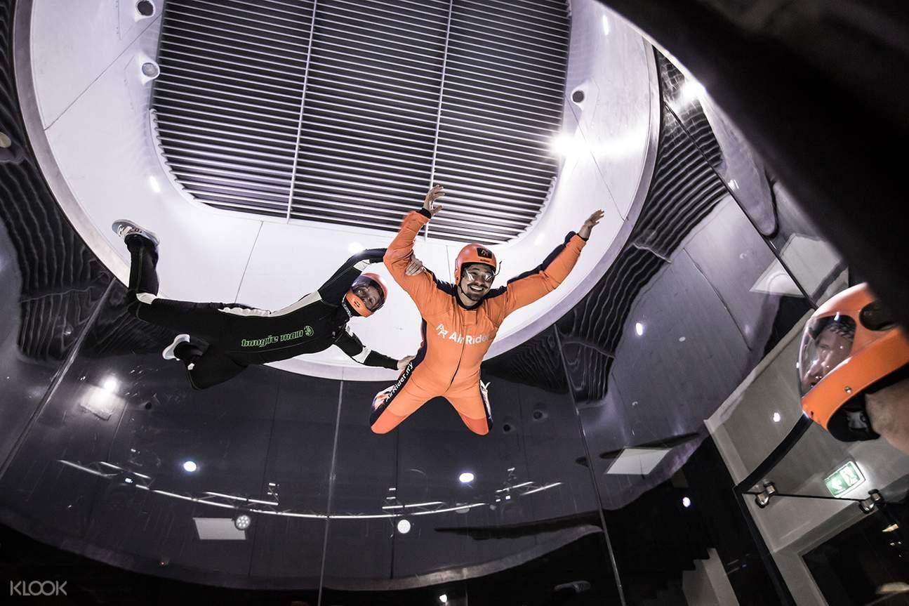 Indoor skydiving experience